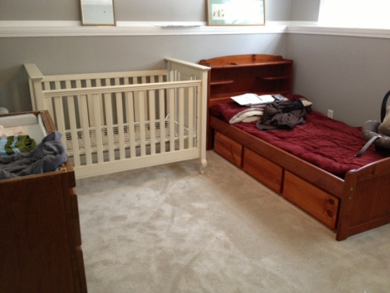 Here's the nursery BEFORE everything matched