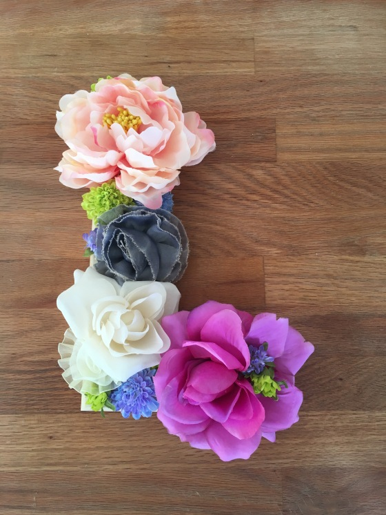 DIY Floral Wall Letter